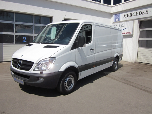 Mercedes-Benz Sprinter 218 CDI L2 H1